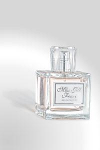 sticla de parfum Miss